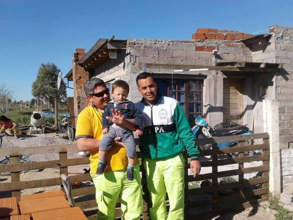 Rodolfo Zárate y Daniel Novas, agentes de Seguridad Vial del Peaje de Azul e Hinojo (Olavarría)